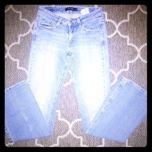 Women's Levi's light wash jeans size 1